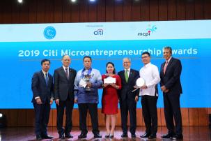 RMB microloan propels restauranteur's success
